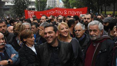 Photo of Ο Τσίπρας επικεφαλής στην πορεία του Πολυτεχνείου στο μπλοκ του ΣΥΡΙΖΑ