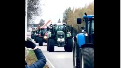 Photo of Αγρότες στην Δανία βγήκαν με τα τρακτέρ στους δρόμους της Κοπεγχάγης για τα βιζόν (Βίντεο)
