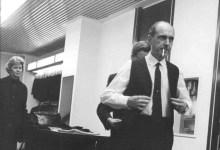 Photo of Ο Ανδρέας Παπανδρέου φτάνει στο Παρίσι το 1968 – Ιστορικές εικόνες