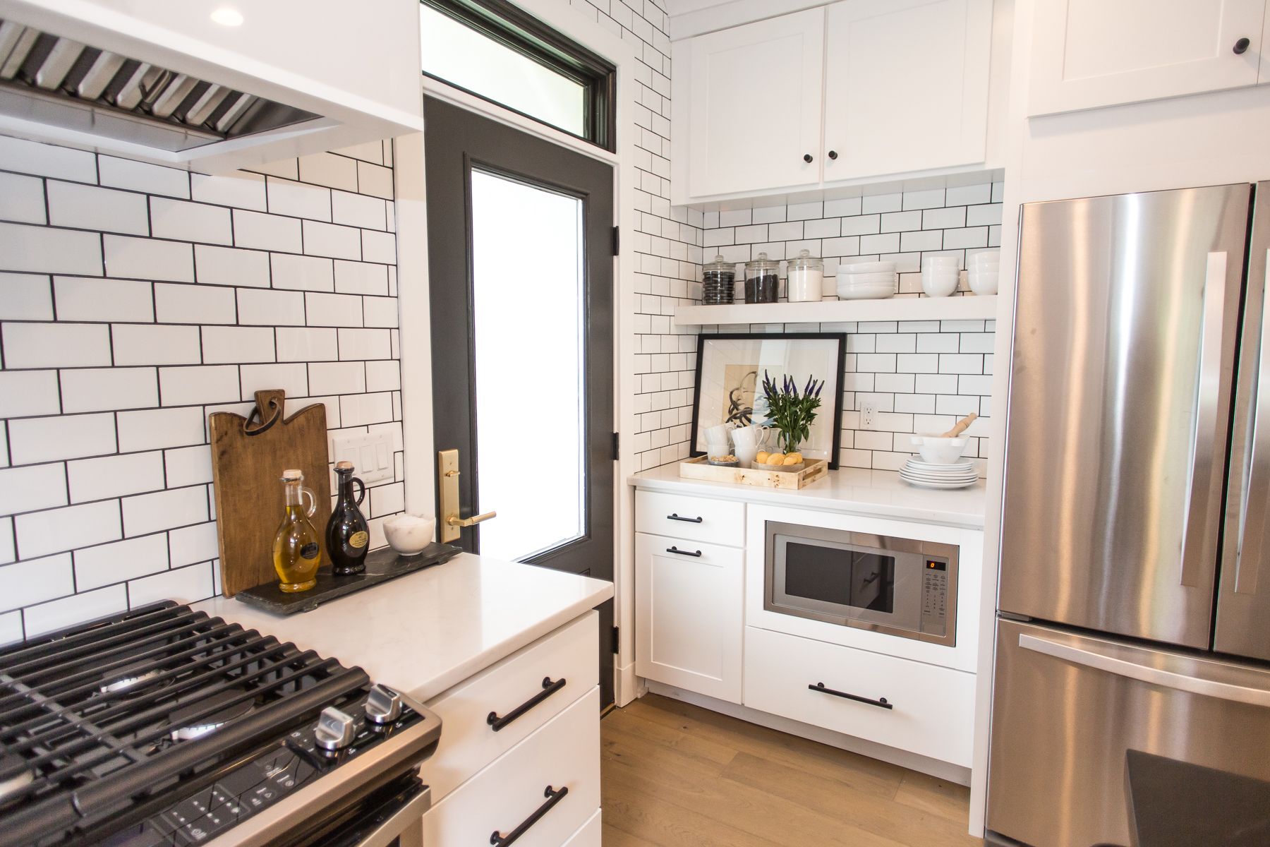 Wolf Home Products Featured On Hgtv S Property Brothers Buying Selling