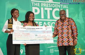 President presents capital to winners of presidential pitch competition