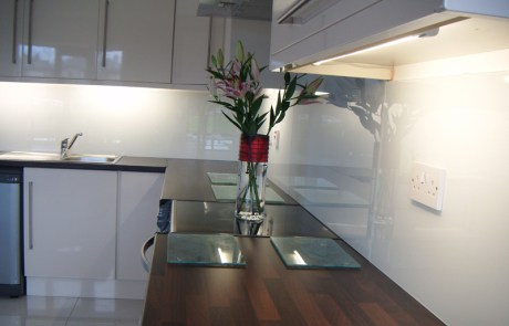White glass Splashback