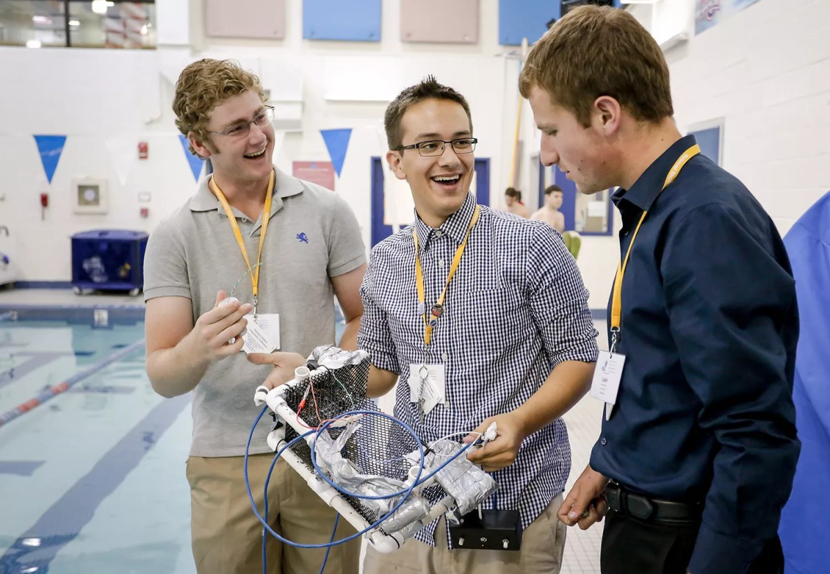 Explore Our Summer Engineering Programs For High School Students Electrical 4 Year Plan National Student Leadership Conference
