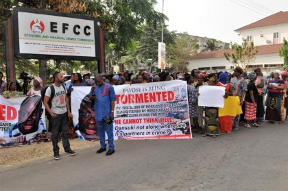 Group Demands Prosecution of Ekiti Governor Fayose Over Arms Money