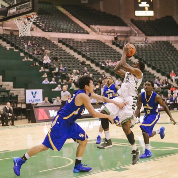 Double-overtime win highlights men's basketball road ...