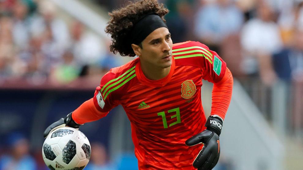 La FIFA tiene a Memo Ochoa como el mejor portero del mundo - NTV c5a61674ea13e