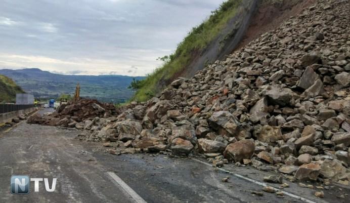 derrumbe_autopista01
