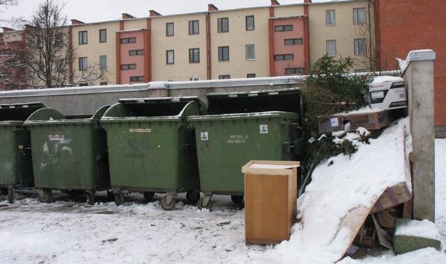 Traucē lielgabarīta atkritumi