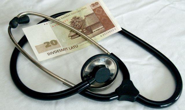 Palielinās maksu par medicīnas pakalpojumiem