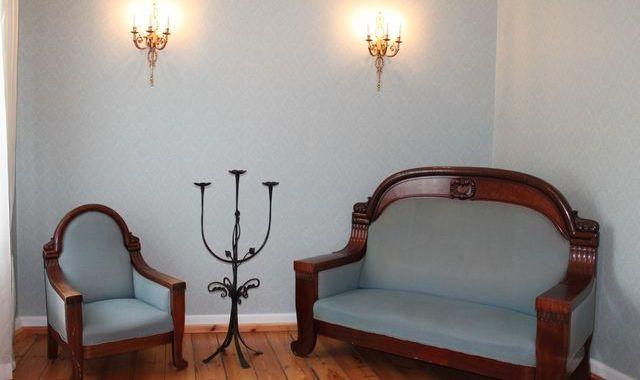 Jaunpils muzejam jaunas mēbeles