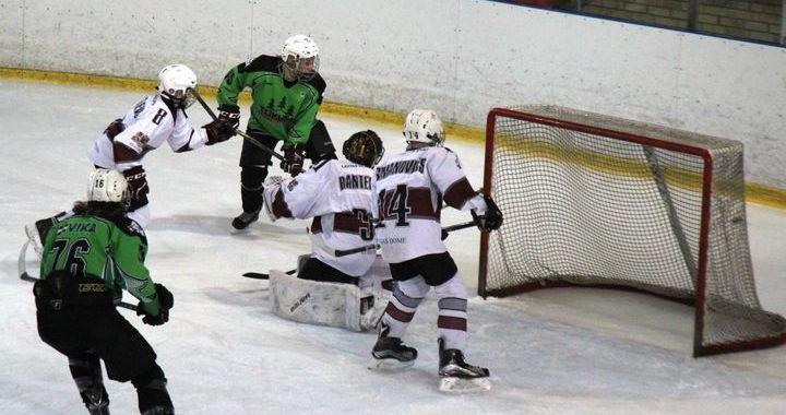 Tukumnieki bērnu un jaunatnes hokeja čempionātā