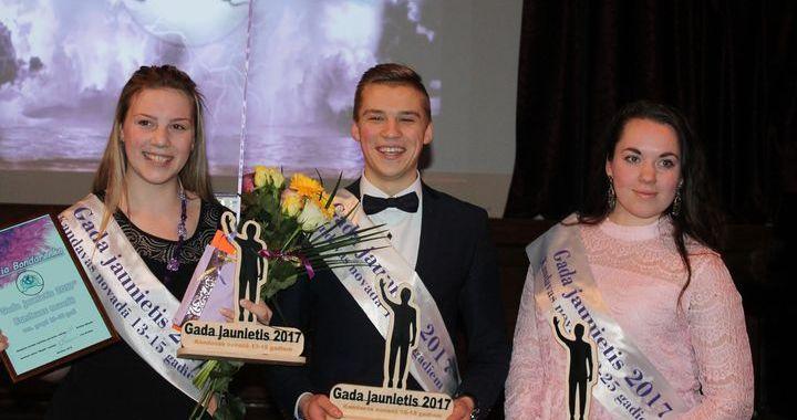 Kandavas Gada jaunieši – Dārta Ošeniece, Sintija Bondarenko un Kristaps Kristers Ozols