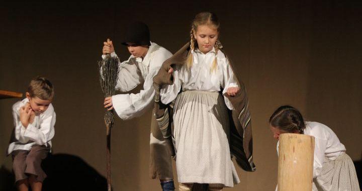 «Teātra ražas svētkos» Vānē