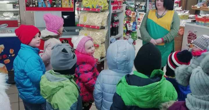 Mazie zemītnieki iepazīst pārdevēja profesiju