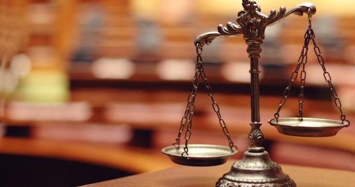 Tiesa turpina skatīt lietu par OIK izkrāpšanu. Prokurors prasa septiņu gadu cietumsodu