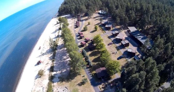 Abragciema pludmalē konstatēts piesārņojums