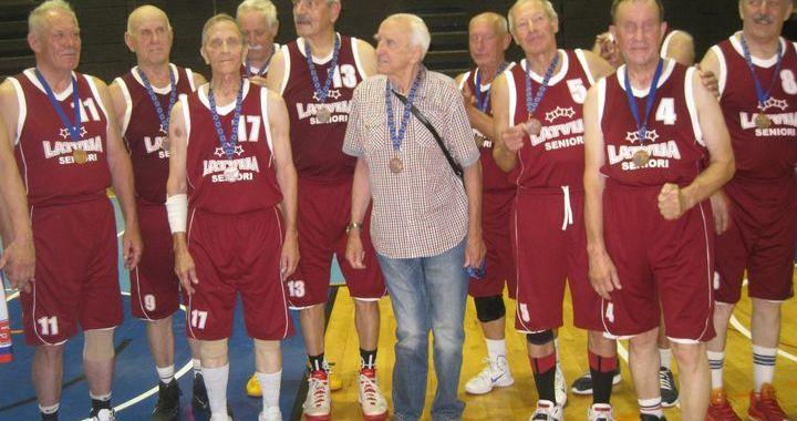 Ar medaļām sezonu noslēdz Tukuma maksibasketbolisti
