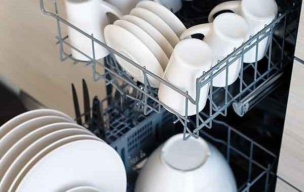 Latvijā pieejami vairāk nekā 10 videi draudzīgi trauku mazgāšanas līdzekļi