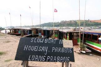 esperando la salida (Laos)
