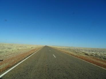 carretera-larga-2---nubesviajeras