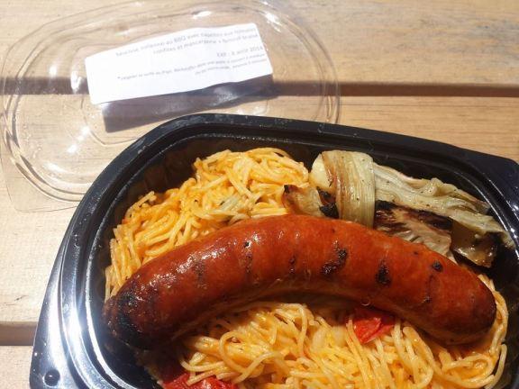 Saucisse italienne au BBQ avec fenouil braisé et cappellini
