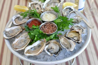 Oysters Platter Fresh Raw