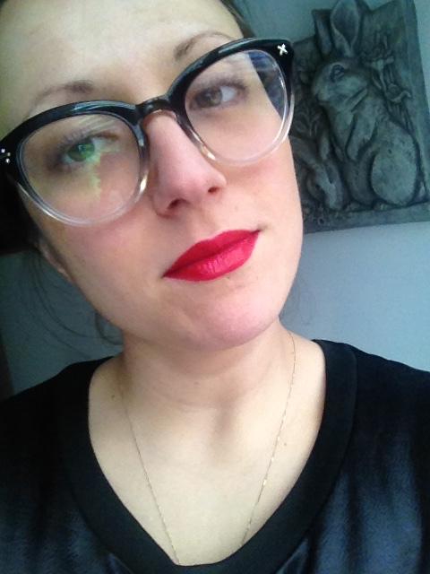 Estée Lauder Lipstick Sexy Woman Holidays Minimalist
