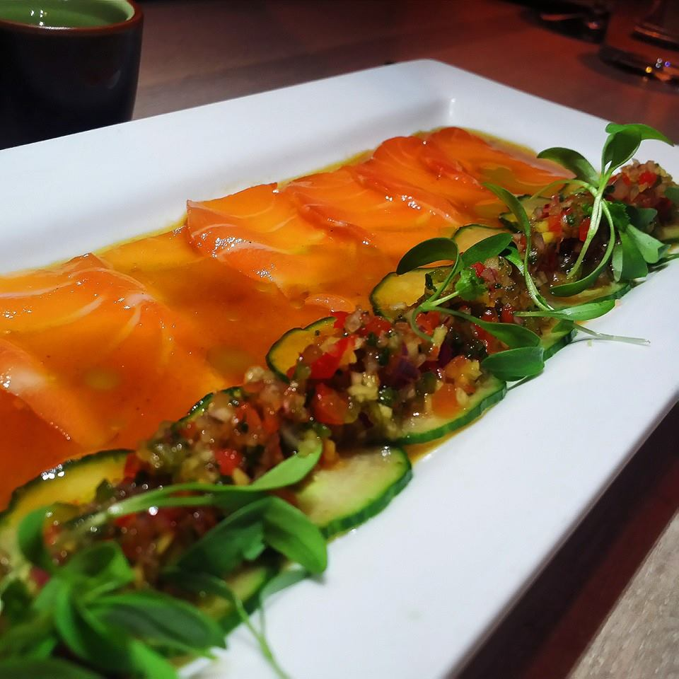 Sashimi de saumon biologique