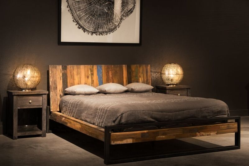 Artemano Wooden Bed