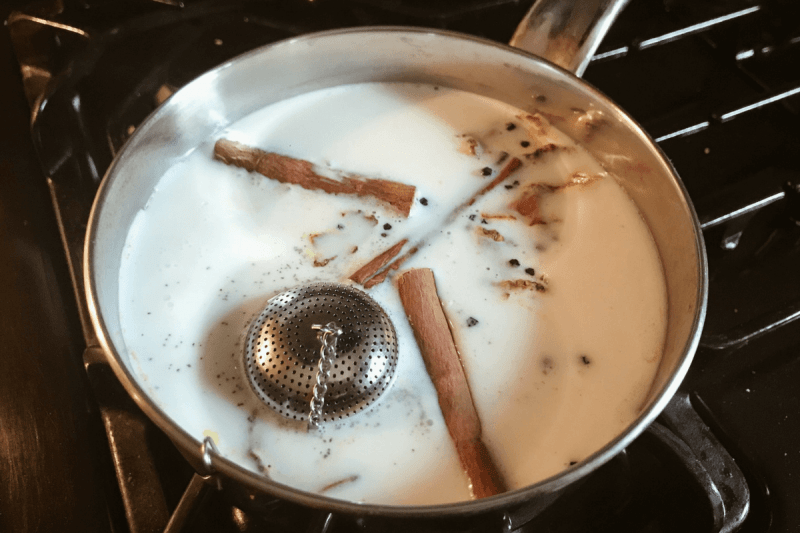 AGROPUR turmeric latte Natrel Milk brunch ideas