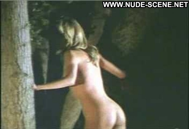 Lisa Langlois Nude Sexy Scene The Man Who Wasn T There Doll