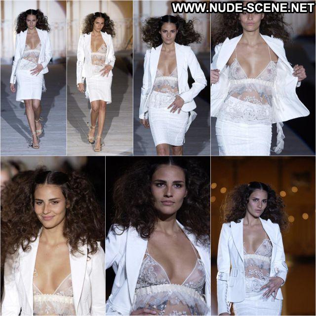 Fernanda Tavares Sexy Celebrity Brazil Brunette Tits Nude Scene
