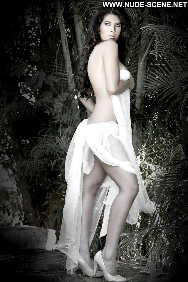Wardah Khan Nude Scene Nude Babe Hot Posing Hot Sexy Dress Posing Hot