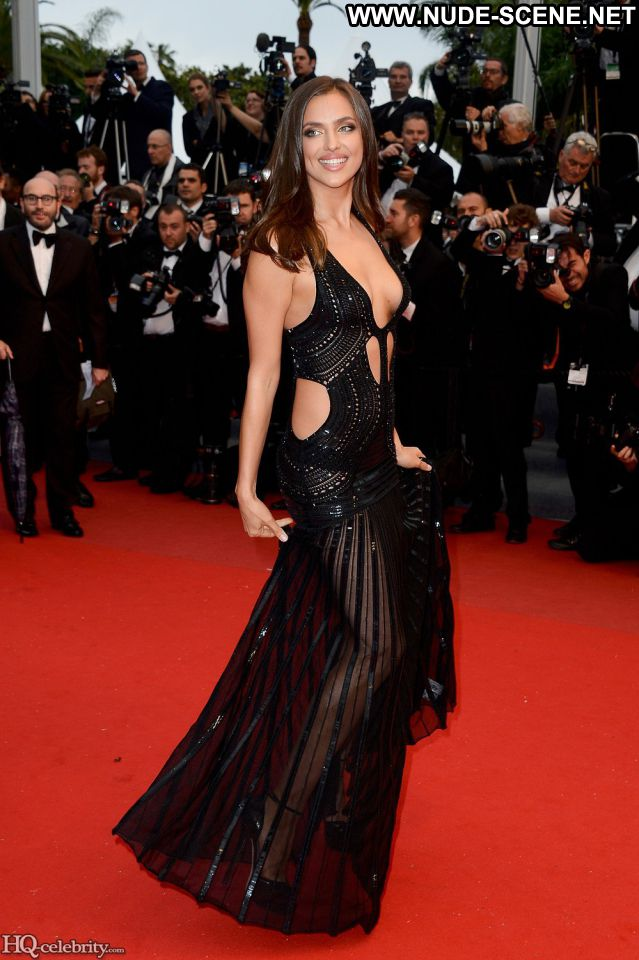 Irina Shayk Celebrity Posing Hot Nude Nude Scene Famous Celebrity Hot