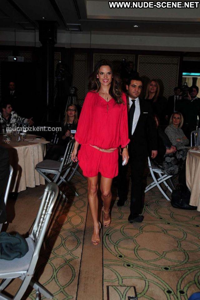 Alessandra Ambrosio Sexy Dress Latina Nude Scene Celebrity Brazil