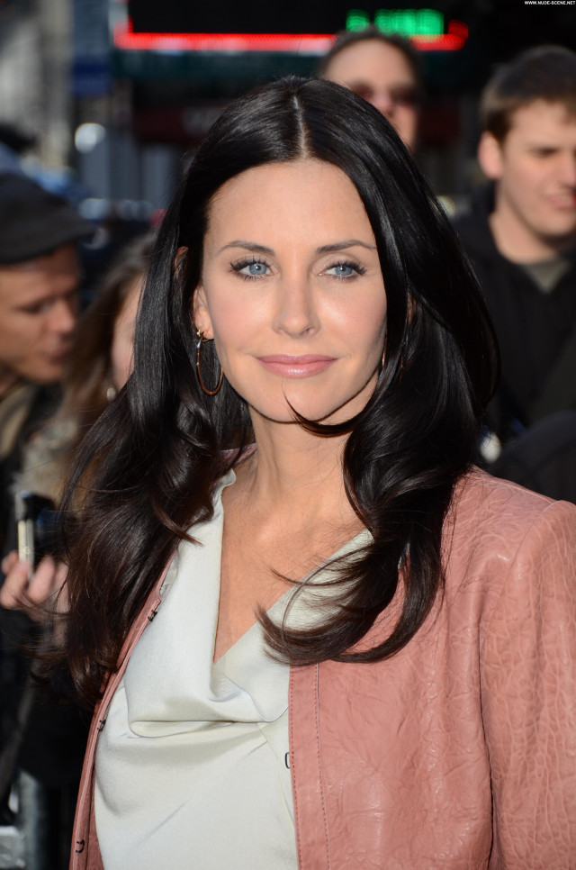 Courteney Cox Good Morning America New York Posing Hot Celebrity High