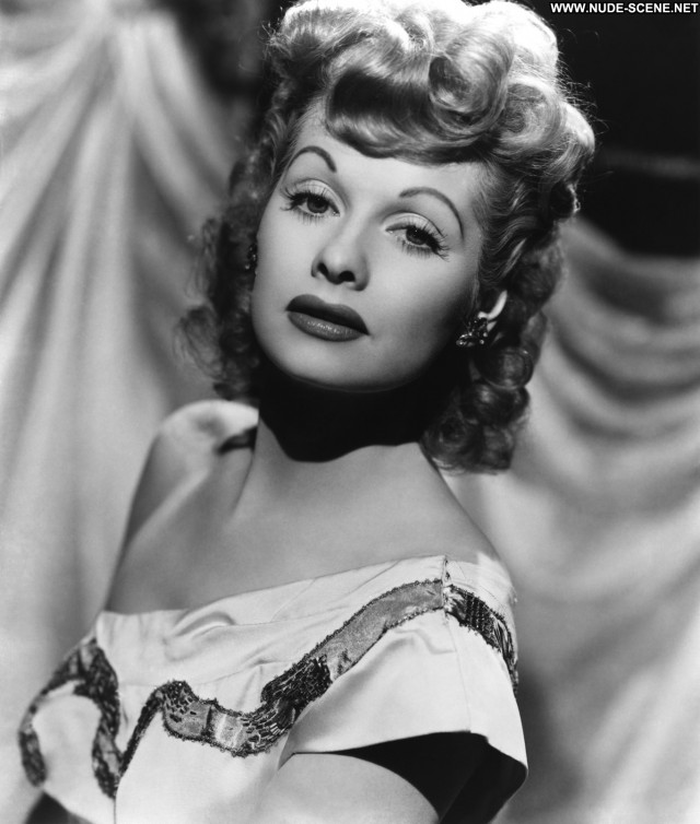 Lucille Ball In America Hollywood Celebrity Posing Hot Beautiful