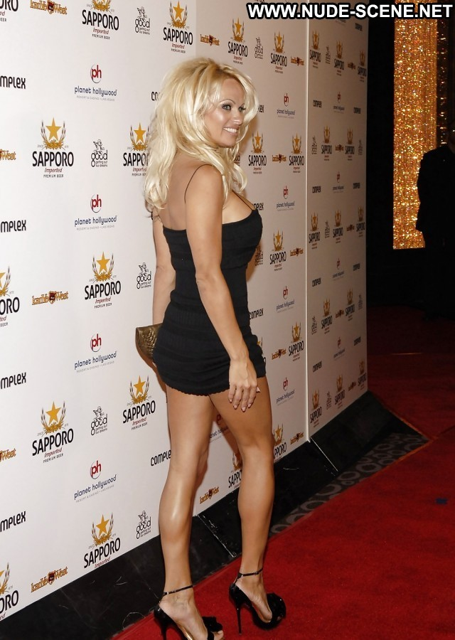Pamela Anderson Pictures Busty Milf Hot Celebrity
