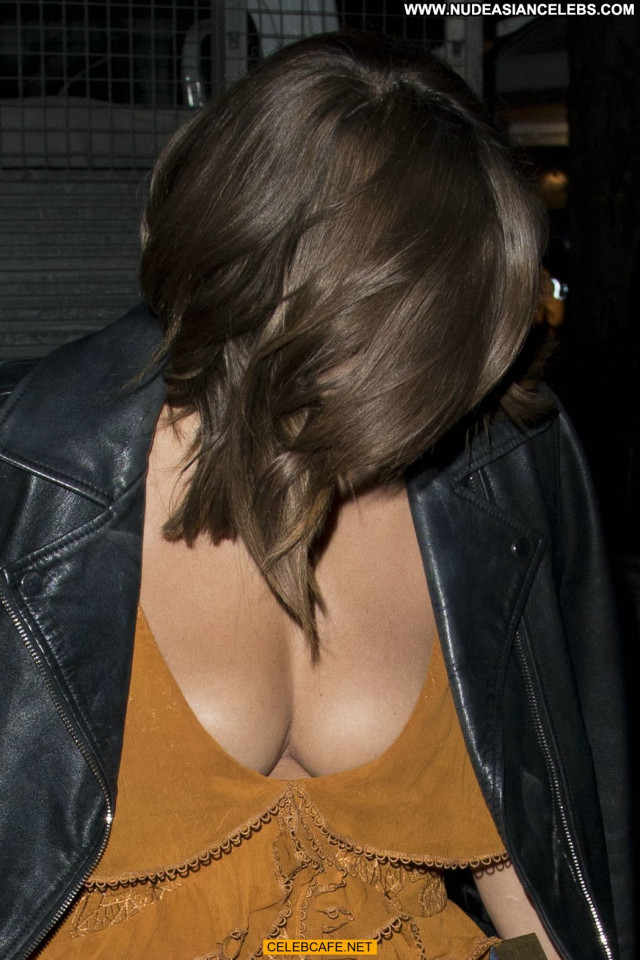Caroline Flack Glamour Women Beautiful London Posing Hot Celebrity