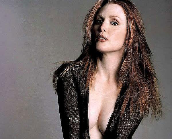 celebrity lesbian movie chloe star julianne moore