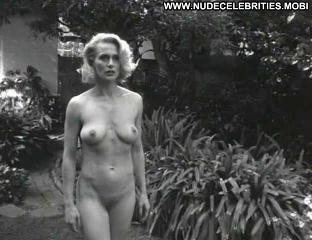 Nude Celebrity Andrea Thompson Pictures And Videos -9681