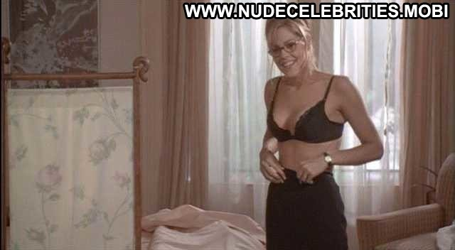 Nude Celebrity Bra Pictures and Videos   Shameless Celebrities - Page 13