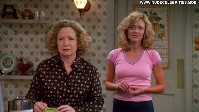 Lisa Robin Kelly That 70s Show Kitchen American Shirt Babe