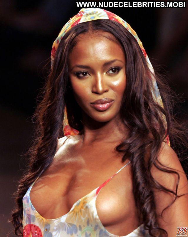 Naomi Campbell Celebrity Ass Babe Nude Celebrity Ebony Hot Showing