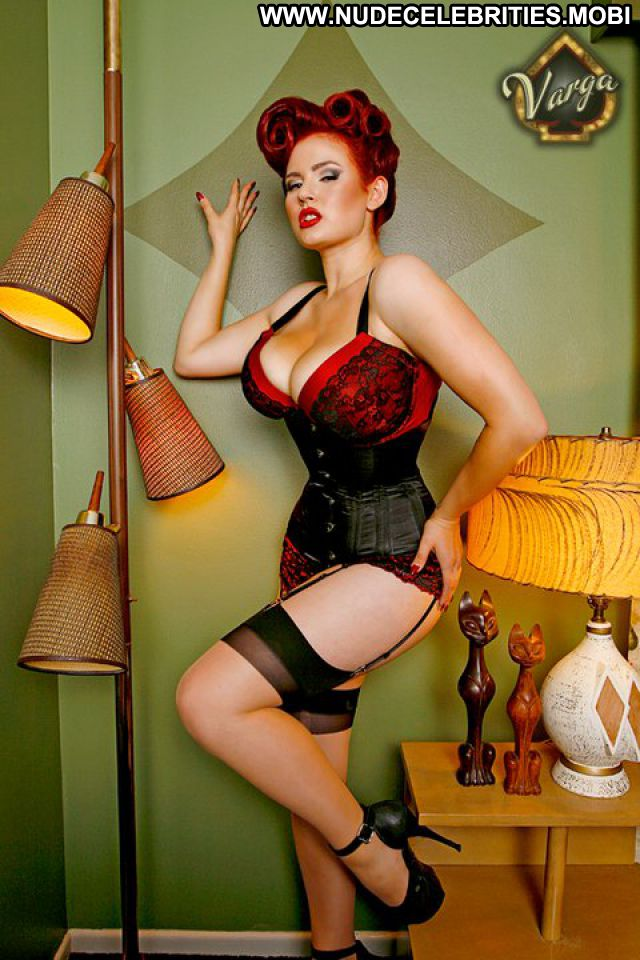 Gia Genevieve Celebrity Lingerie Hot Huge Tits Nude Scene Tits Posing