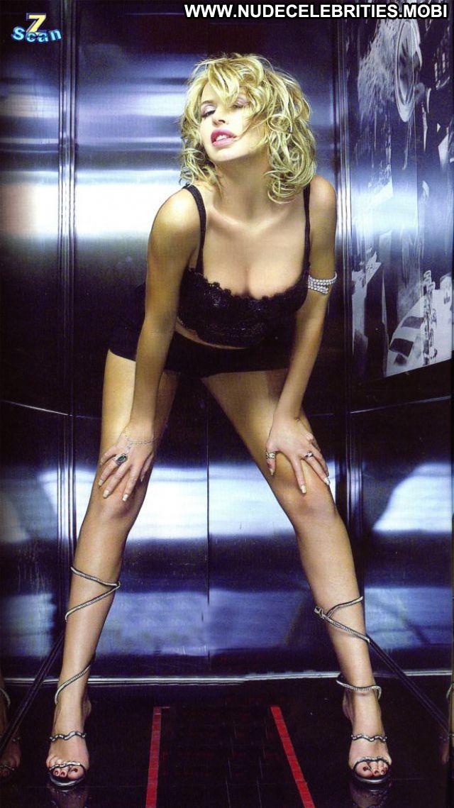 Valeria Marini Argentinean Latina Big Ass Big Tits Celebrity