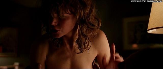 Nicole Kidman Jacinda Barrett The Human Stain Breasts Bed