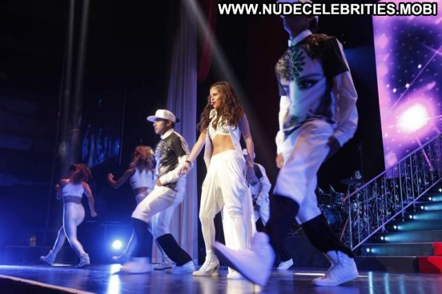 Selena Gomez Performance Beautiful Candids Babe High Resolution