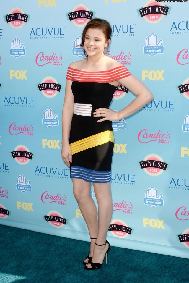 Chl  E Moretz Posing Hot Teen Beautiful High Resolution Celebrity