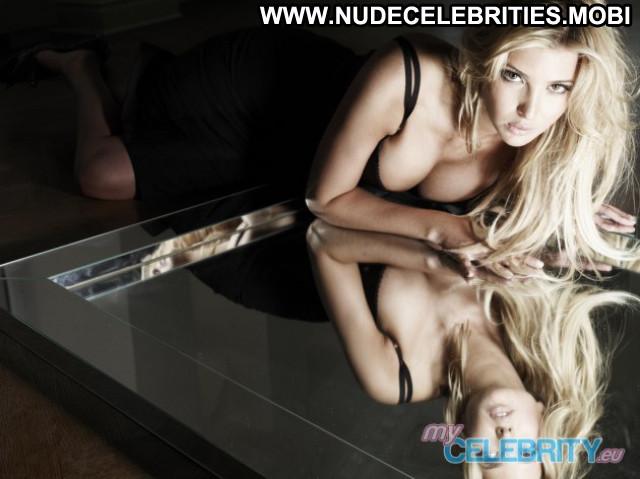 Ivanka Trump Beautiful Celebrity Usa Babe Posing Hot Cute Nude